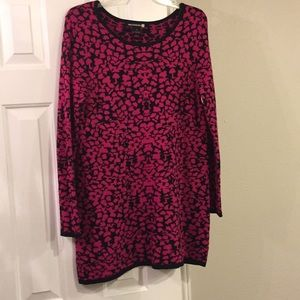 Pink and black sweater tunic M